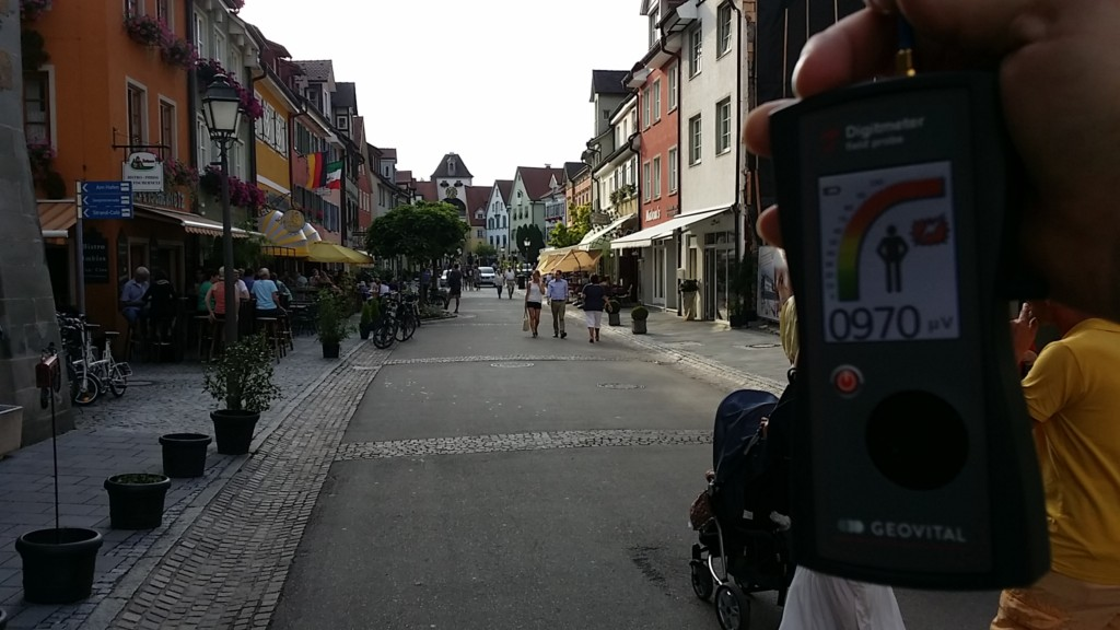 RF EMF radiation levels at Unterstadtstraße, in Meersburg, Baden-Württemberg, Germany - photo Patrick van der Burght