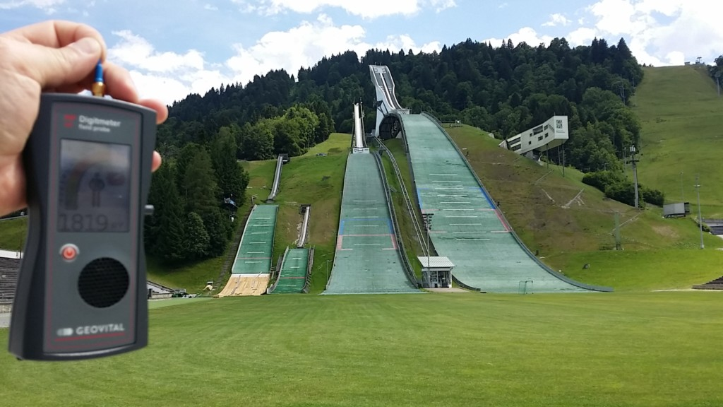 RF EMF radiation levels, Germany, Garmisch-Partenkirchen, Gapa, olympia SkiStadion (Eddie 'the eagle' Williams) - Photo by Patrick van der Burght