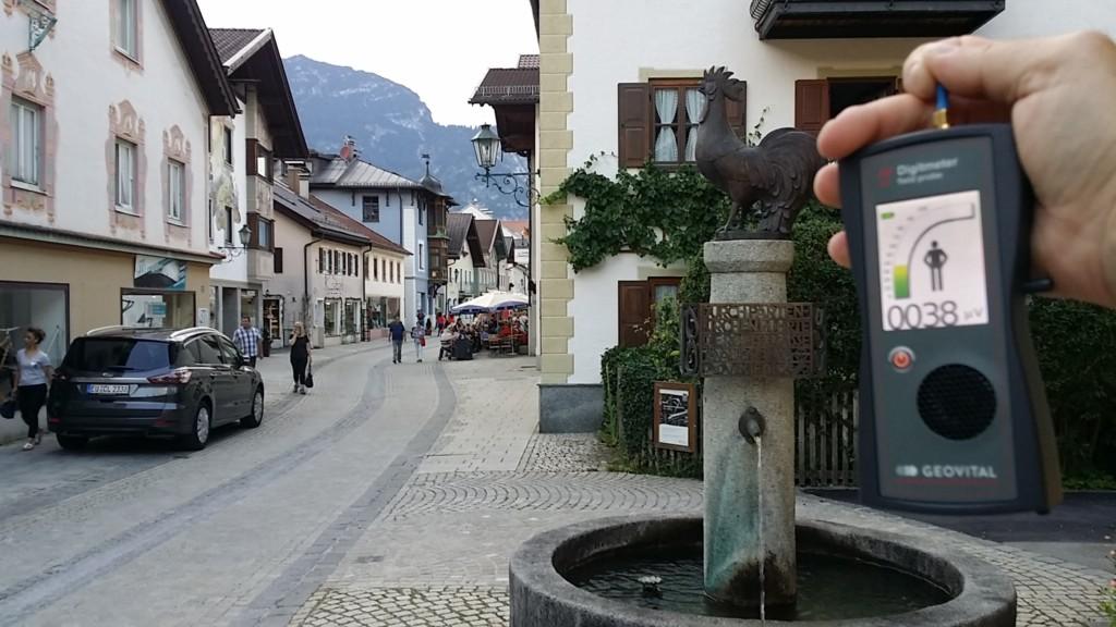 RF EMF radiation levels, Germany, Garmisch-Partenkirchen, Gapa, Ludwigstrasse - Photo by Patrick van der Burght