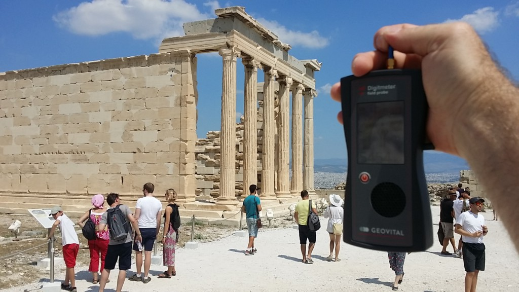 RF EMF radiation levels, Greece, Athens, Acropolis, Erechtion - Photo by Patrick van der Burght