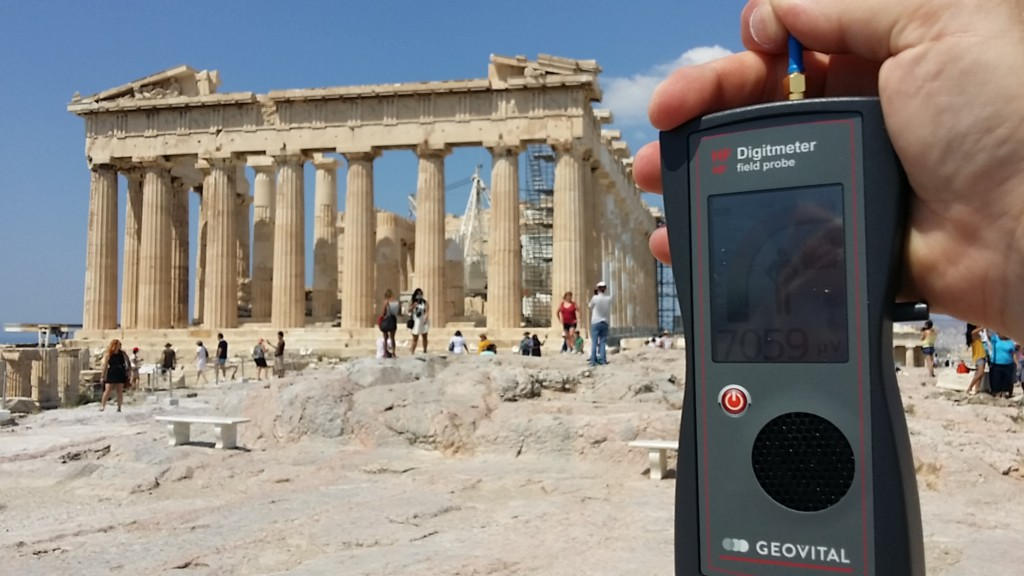 RF EMF radiation levels, Greece, Athens, Acropolis, Parthenon - Photo by Patrick van der Burght