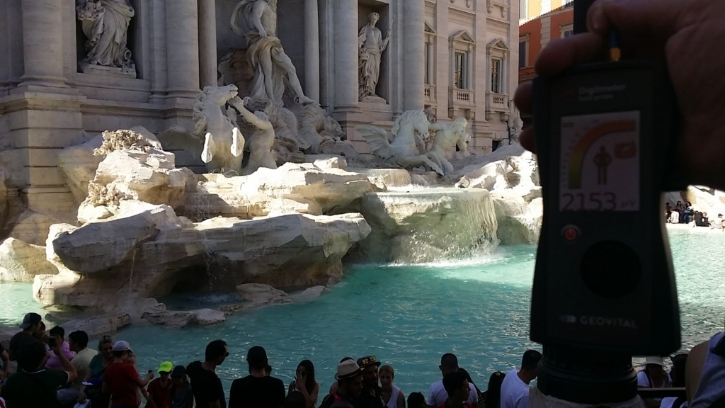 RF EMR radiation at the Fontana di Trevi, Rome, Italy - by Patrick van der Burght