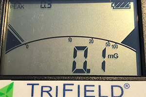 Display of the Trifield TF2 meter